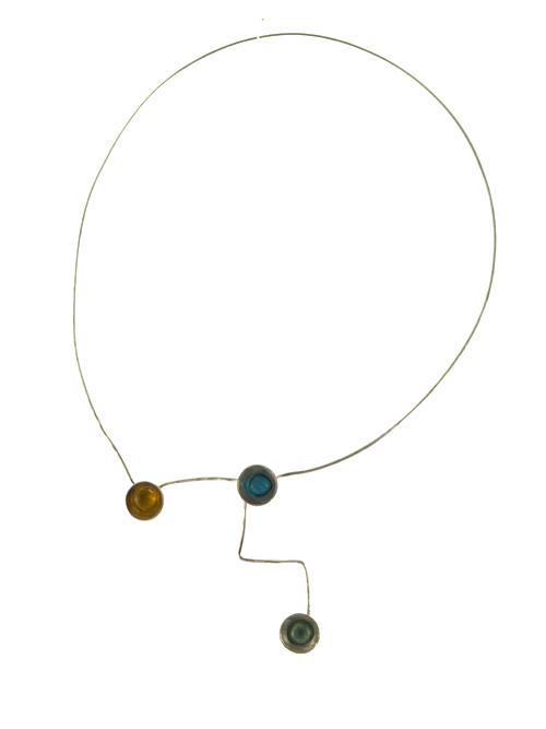Κολιέ από ασήμι 925 με  γυαλί (μέγιστο ύψος 20cm και πλάτος 13cm). Δύο τρόποι να φορεθεί.