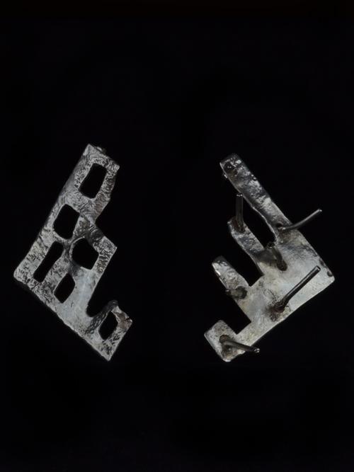 """Ασημένια 925   σκουλαρίκια  βασισμένα στην ερώτηση """"Τι απέμεινε από την Τροία;"""""""
